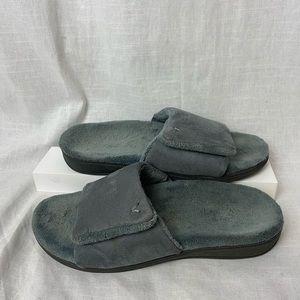 VIONIC Ladies INDULGE DARBY Adjustable Slippers
